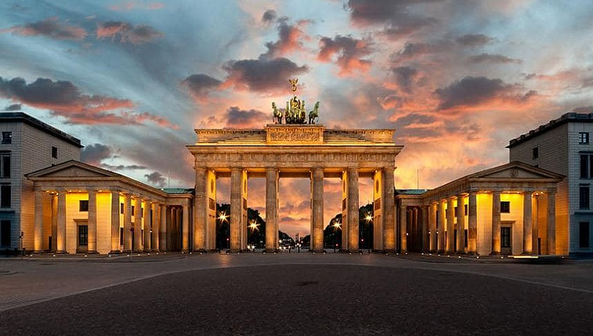 Brandenburg Gate, Berlin, Removals to Germany